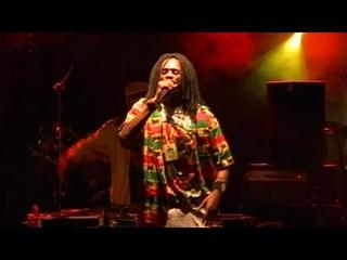 General Levy - Professional Ganja Smoker (DVD Live @ Cabaret Sauvage)