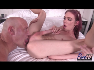 Crystal Thayer - Big Dick Escort Shows Off Her Goods _1080p