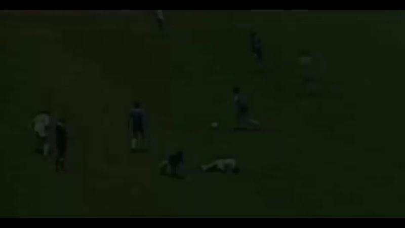 Победный гол Марадоны англичанам