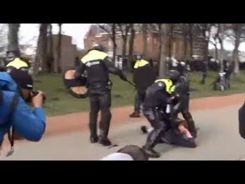 REGARDEZ Comment la Police Tabasse au Pays Bas