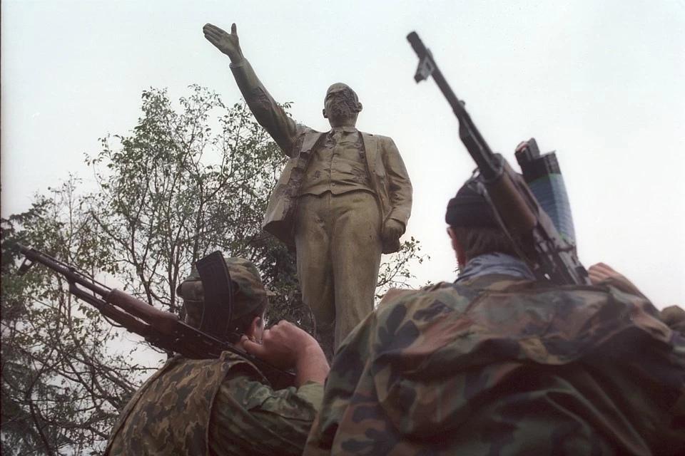К лету 1995-го 98% территории Чечни было под контролем федералов. Фото: Владимир ВЕЛЕНГУРИН