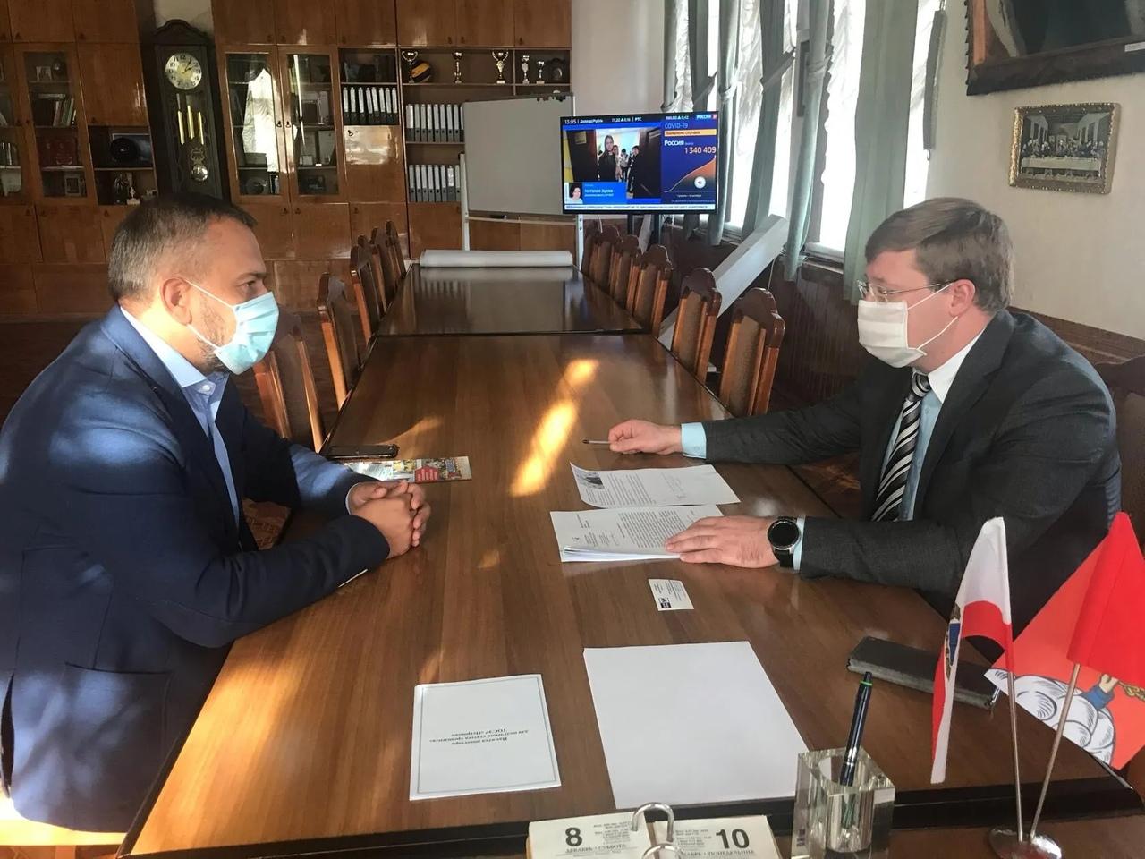Состоялась рабочая встреча главы Петровского района и руководителя УФПС области