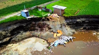 2 new Sinkholes were formed in Mexico, old Sinkhole is growing, and other events in the World