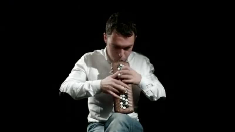 Iosif Purits performs Mozarts Piano Sonata No. 11 on accordina