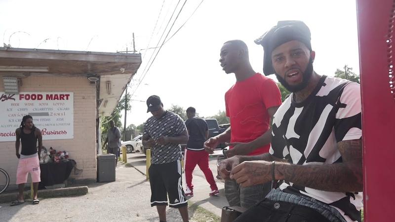 Lilbangpapi - bLood brothers   shot by @deezymiaci5