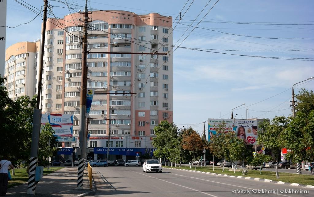 Улицы Пушкина и Тельмана, Энгельс 2020