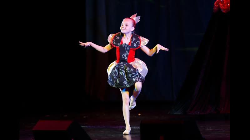 Детский спектакль Алиса в стране чудес Отчетный концерт 2017