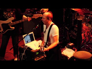 King Crimson's DINOSAUR in HD - Belew Levin Mastelotto in Montreal