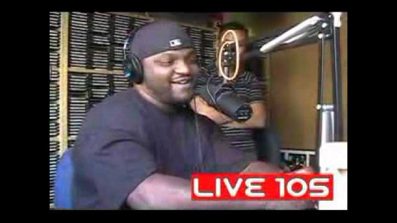 Тип зачитал на радио фристайл голосами Snoop Dog DMX и Jay Z