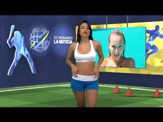 Венесуэльская телеведущая Юви Палларес разделась в прямом эфире :