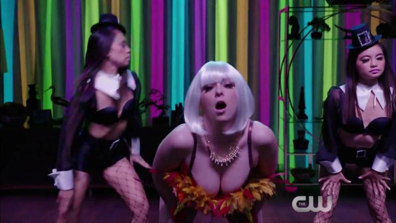 Чокнутая бывшая 1 сезон 2 серия Промо Josh's Girlfriend is Really Cool HD