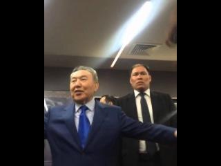 Нұрсұлтан Назарбаев «Анаға апарар жол»