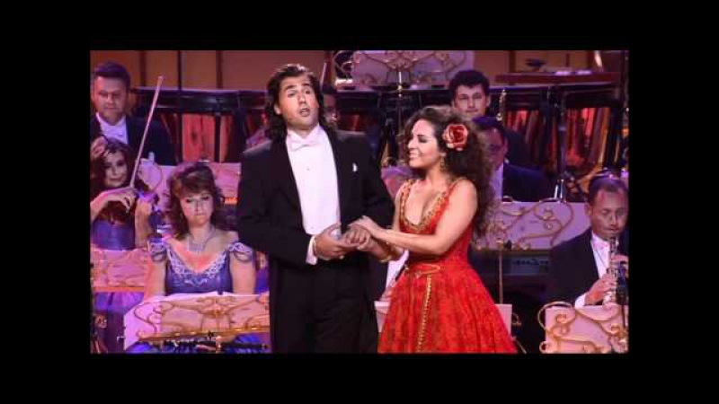 Wer Uns Getraut sung by Carmen Monarcha and Morschi Franz in Dresden