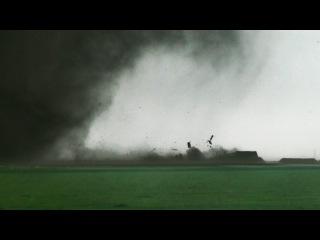AMAZING close-range tornadoes near Dodge City, KS on 5/24/2016