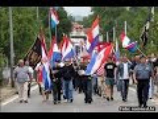 SRAMOTA I SKANDAL!-Teroristi zapalili srpsku zastavu i reakcije na to-Incident u Srbu