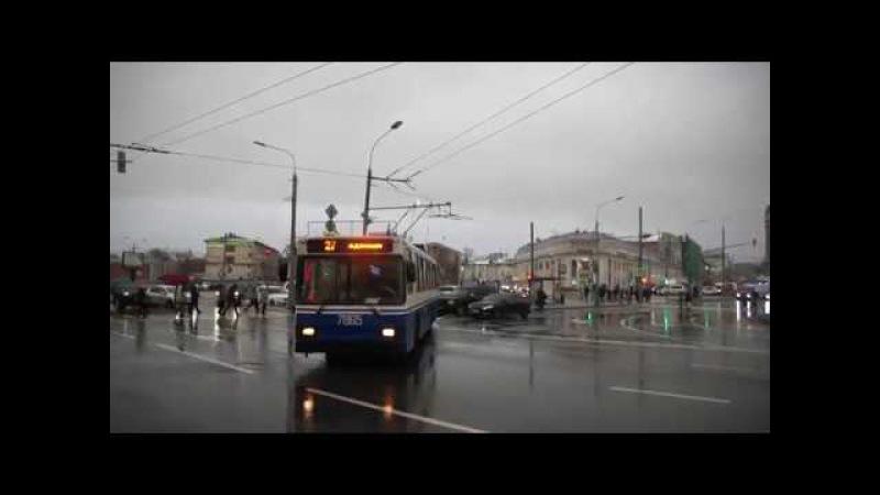 Искрящий троллейбус