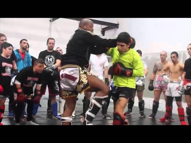 Seminario de Muay Thai Ivan Hippolyte