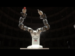 Abbs robot yumi takes center stage in pisa, conducts andrea bocelli and lucca symphony orchestra