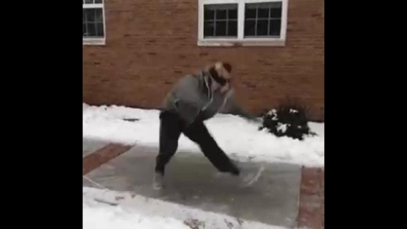 брекданс на льду