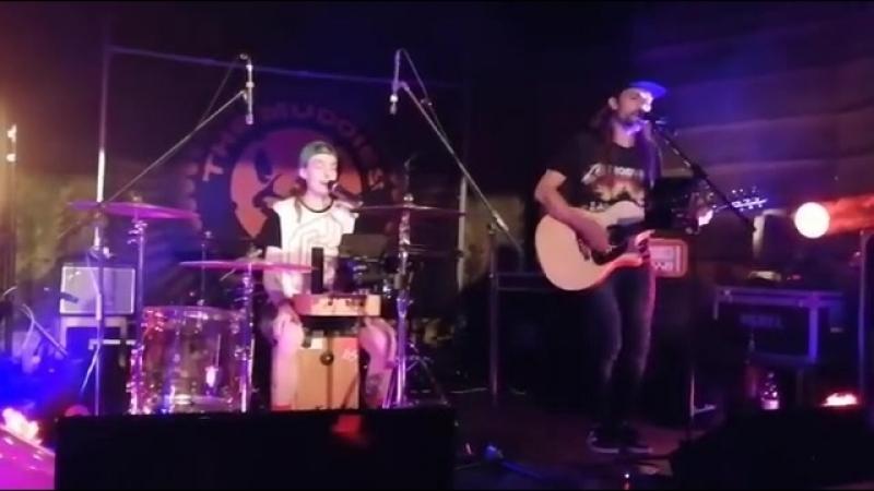 2018 05 19 Ari Koivunen JP Leppäluoto Duo I See Fire Ed Sheeran cover Vantaa Jyvänen