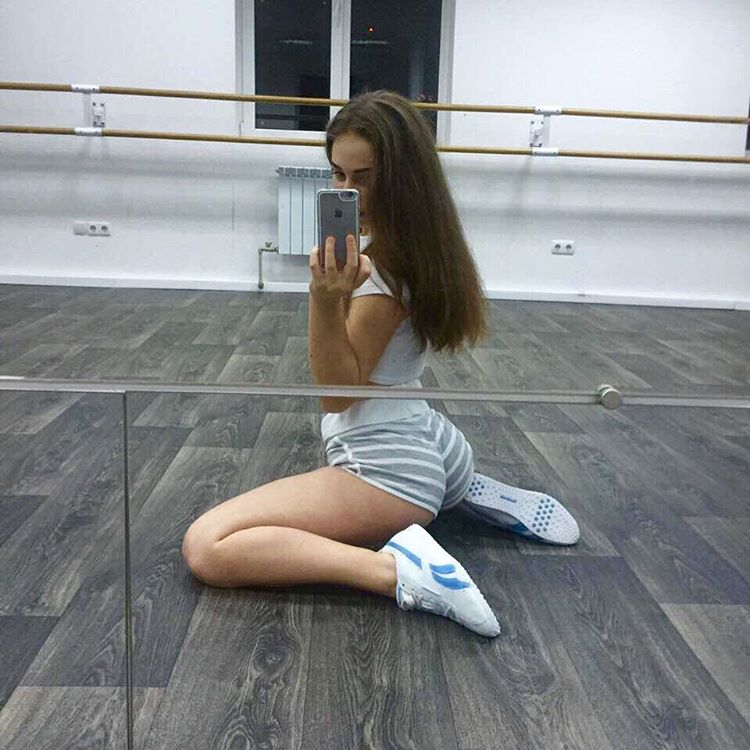 Катя Булгакова Слив