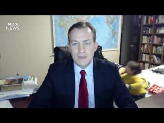 Children interrupt BBC News interview - BBC News