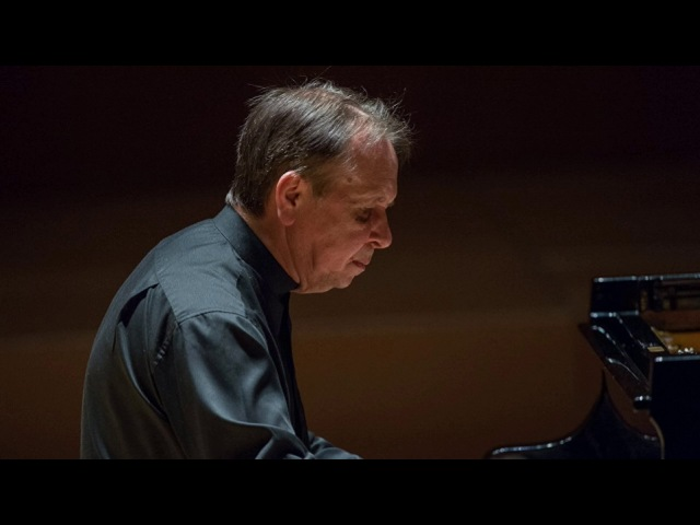 Mikhail Pletnev plays Chopin - Nocturne in C-sharp minor op. posth. (Luxembourg, 2015)