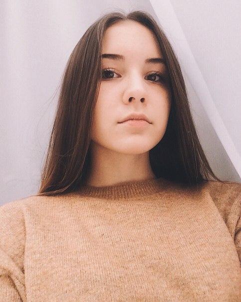 поводу личной анастасия демченко фотомодель считает манипуляцию