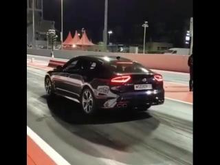 Kia Stinger GT vs Chevrolet Corvette
