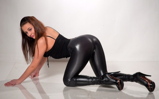 Shiny leggings pics and porn images