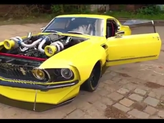 Ford Mustang Boss 302 Walk around and Start up Engine DESIGN | 🔥