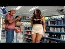 DOLORIDA mulher pede ajuda na farmácia e acaba apanhando