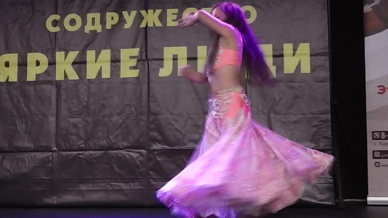 Огнева Ангелина классика 1 танец Корона востока ТС Шакира 2019