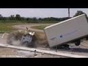 Video Une borne anti véhicule bélier testée grandeur nature