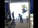 Iş kazası otomatik kapı düşmesi harun arabacı