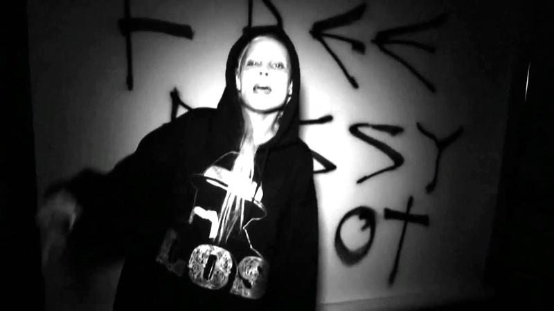 Die Antwoord - Dis Iz Why I'm Hot INTRO High Definition (Zef Remix)