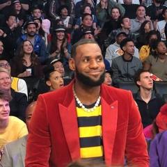 NBA on Instagram: Happy Birthday, @kingjames ...from @staplescenterla!