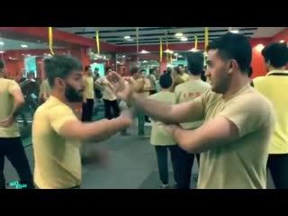 Тренировка по самообороне от персидского телохранителя 👍🏻