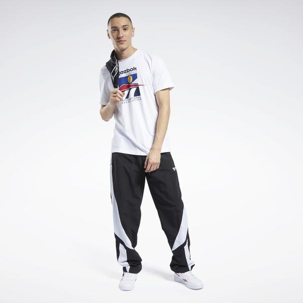 Спортивные брюки Classics Twin Vector image 2