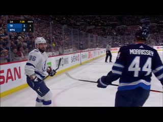 Steven stamkos and nikita kucherov come in alone to score 2-on-0 goal