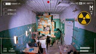 Оставил скрытые камеры в заброшенной деревне на ночь в Чернобыле. Ждали отшельника, а пришли волки
