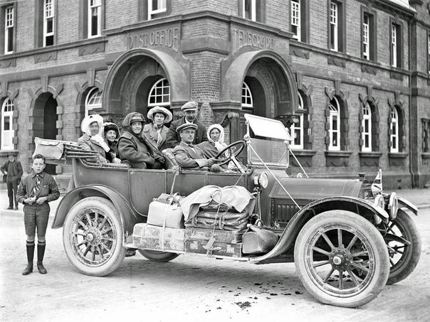 1914 Cadillac Model 30 4-door Touring в Вашингтоне, округ Колумбия.