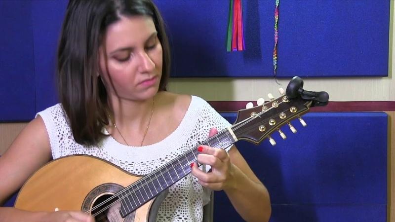 Mandolin Mondays Featuring Elisa Meyer Ferreira Nobre Coração