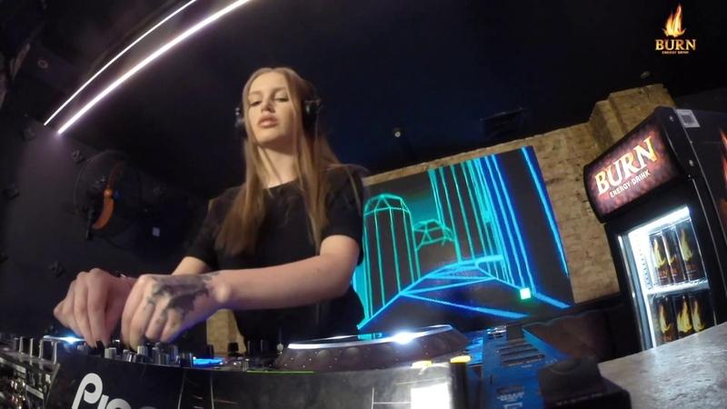 Xenia - Live @ Radio Intense 21.11.2018 Techno Mix