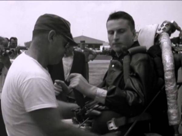 Demonstration of the flying rocket belt Fort Eustis Virginia and the Pentagon 06 07 1961