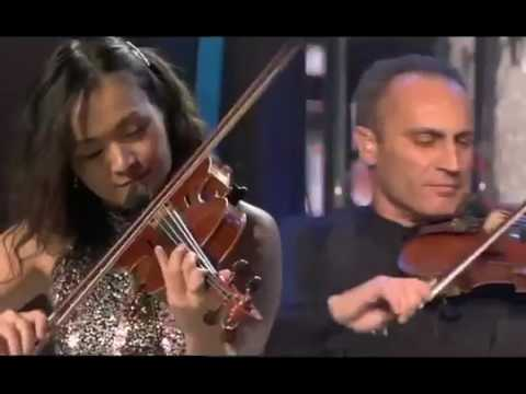 ابداع الموسيقار العالمي ياني رهيييييب LIVE AT THE ACROPOL