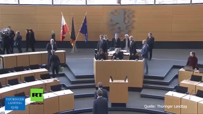 Thüringen Linke wirft Kemmerich Blumenstrauß vor die Füße
