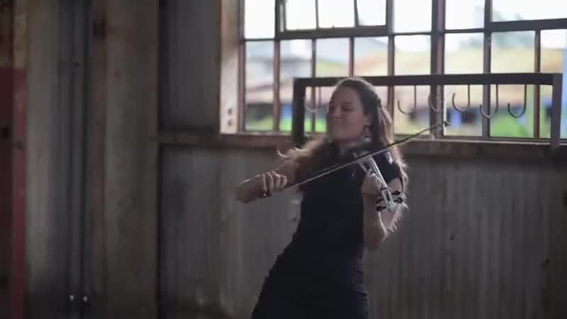 Despacito Luis Fonsi ft. Daddy Yankee Electric Violin Cover Caitlin De