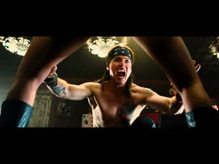 Rock of ages (tom cruise & melin akerman) i want to know what love is ( foreigner )