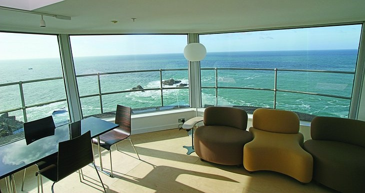 Лучшие отели мира от Soul Travel La Corbiere Radio Tower (Великобритания), изображение №2
